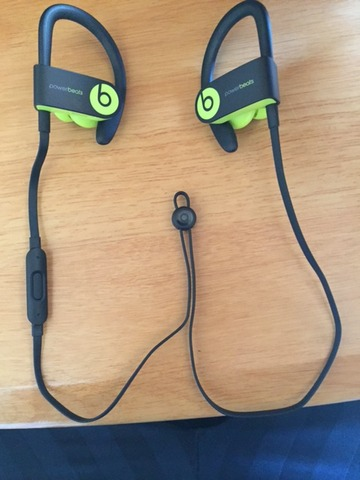 6:18 Powerbeats3 Wireless 7