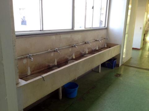 二中の手洗い
