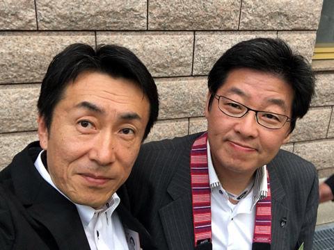 議会事務局粕谷参事