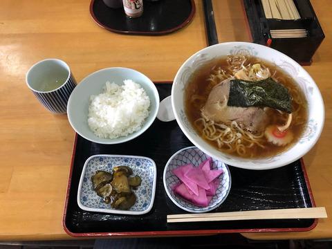 駅前食堂・ちゃーちゃん