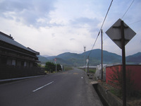 小松より横峰寺へと歩き始める