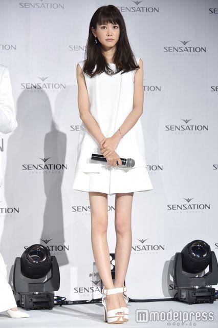 【画像】桐谷美玲のほっそり美くびれに驚くファン続出4