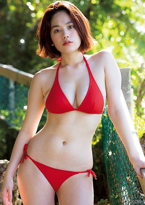 【画像】B89センチ・筧美和子さん、大迫力ビキニ披露2
