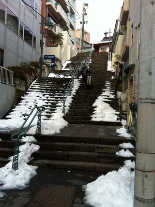 0210雪の階段2