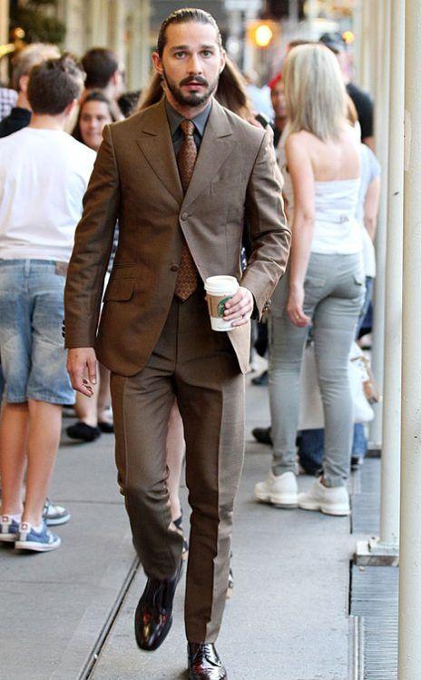 ブラウンスーツ 着こなし
