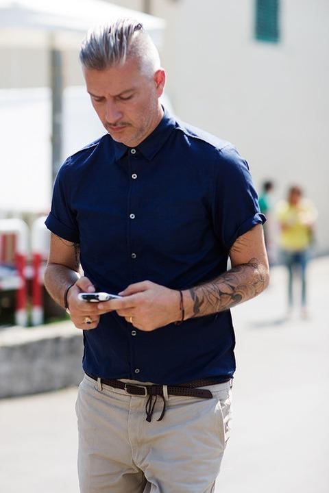 半袖シャツ サラリーマン