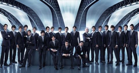 サッカー日本代表スーツ 2013年