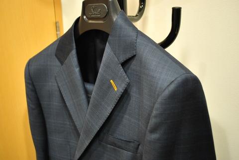 ナポリ スーツ