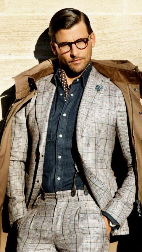 紺シャツ グレースーツ