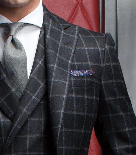 ロロピアーナ スーツ