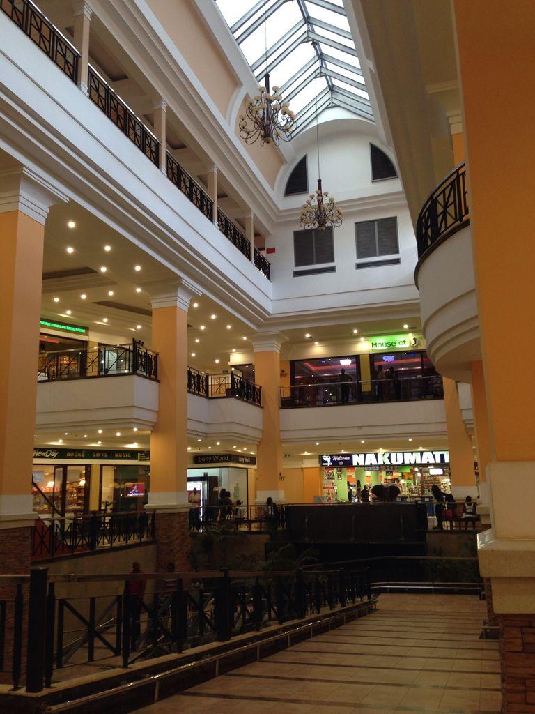 「ウガンダ カンパラ ショッピングモール」の画像検索結果
