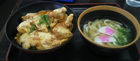 Sukesan_udon_and_donburi