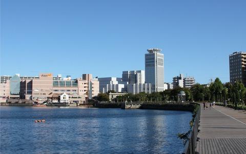 lossy-page1-1280px-Yokosuka-Shi,_Kanagawa_Prefecture,_Japan.tif