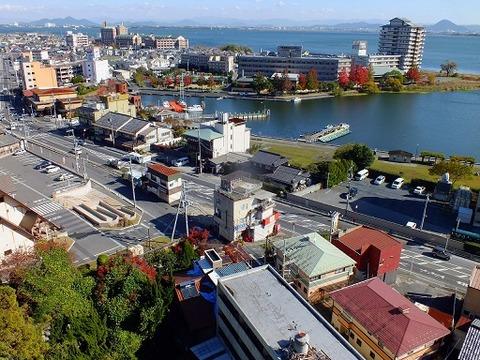 Yumotokan-Ogoto_onsen_Lake_Biwa_view_2