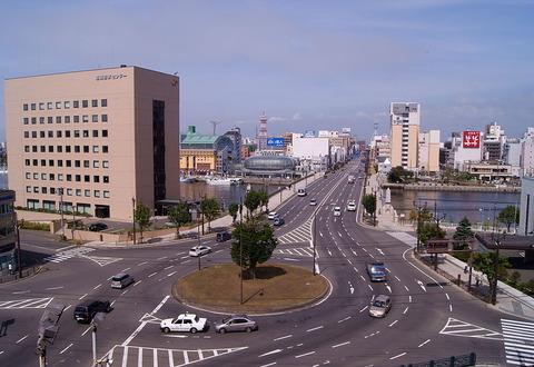 1024px-Nusamai_Bridge_Kushiro