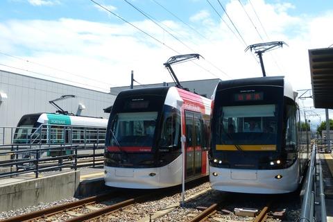 Toyama_Light_Rail_TLR0605-0601-0603