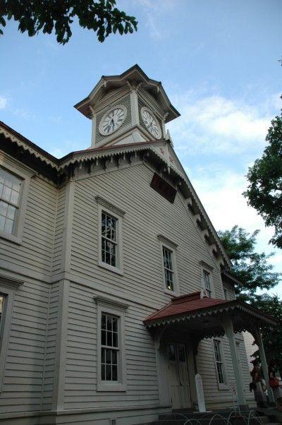 Sapporo_Clock_Tower_Hokkaido_Japan