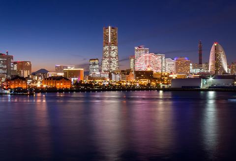 1280px-The_night_view_of_Minato_Mirai_21