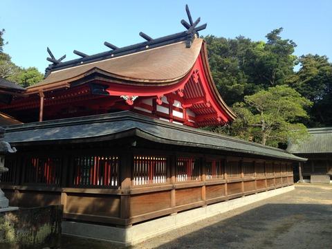 Honden_of_Munakata_Grand_Shrine_(Hetsu_Shrine)