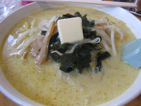 MisoCurryMilkRamen-SapporoKan-ShinAomori-201105-khoshi3-01