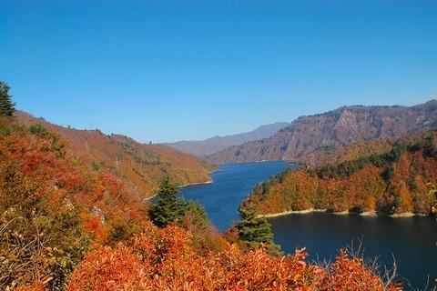 Lake_Okutadami_004
