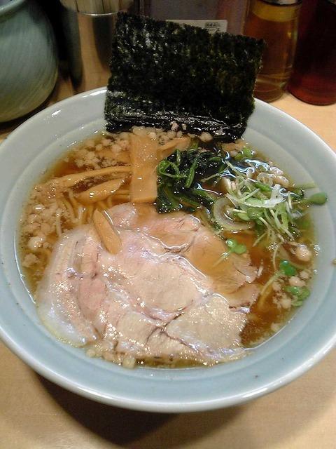 800px-Onomichiramen12345