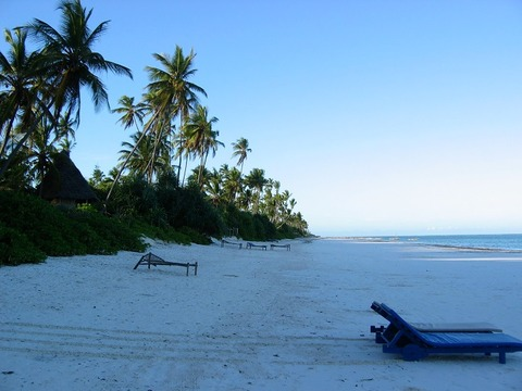 Zanzibar_east_coast_pristine_beach