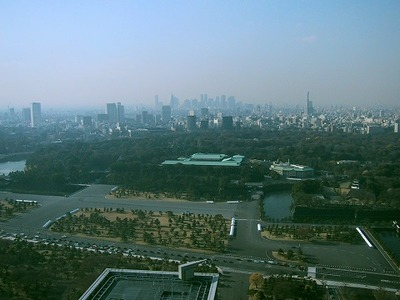 Imperial_Palace_Tokyo_Central_View