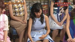 小島瑠璃子 (33)
