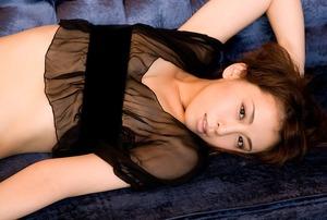 雛形あきこ (26)