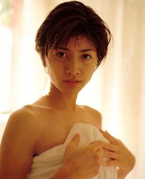内田有紀 エロ画像 (10)
