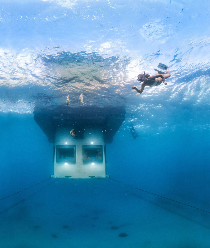 underwater-hotel-the-manta-mikael-genberg-2