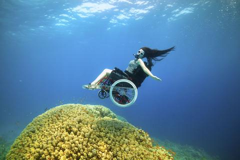 wheelchair-deep-sea-diving