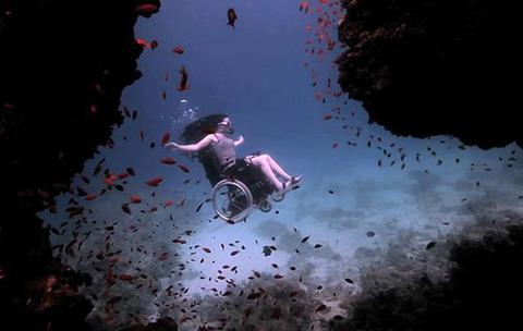 wheelchair-deep-sea-diving03