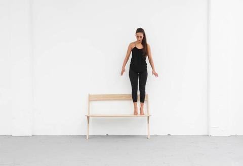 空気椅子なベンチ2