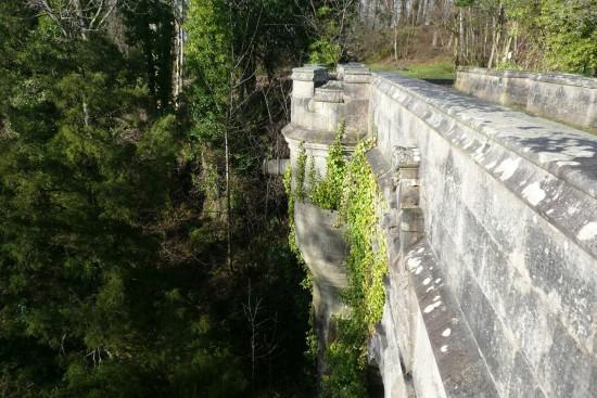 オーヴァートン橋Overtoun-Bridge21-550x367