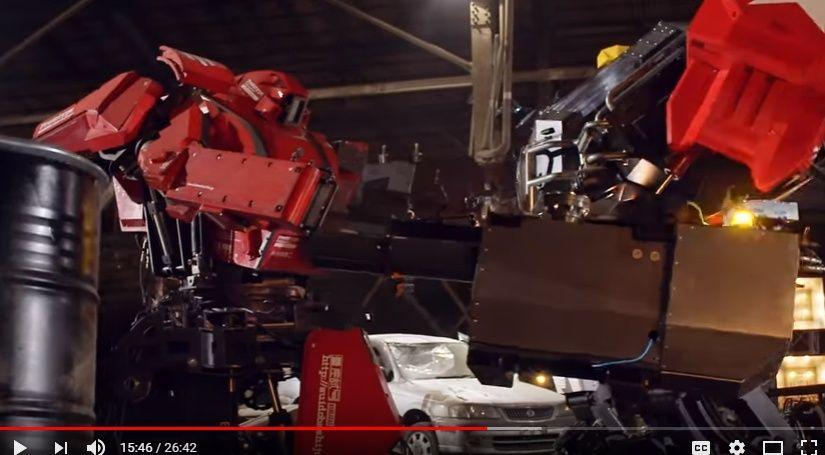 【動画】ついに巨大ロボ同士の世紀の対決が実現!「クラタス vs メガボット」は1対1の引分け