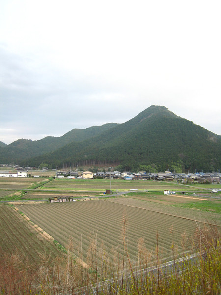 丹波の富士 「霧山」 丹波市氷上町氷上