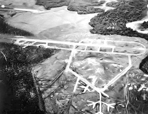 Henderson_Field_-_Guadalcanal_-_11_April_1943