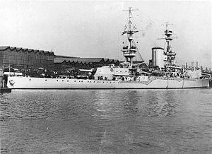 300px-HMS_Furious-1