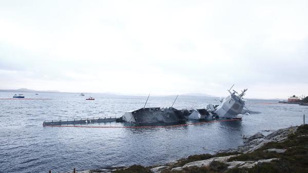 【一般】ノルウェーのイージス艦は水没してしまったか・・・イージス艦ってお値段どれくらいなの?