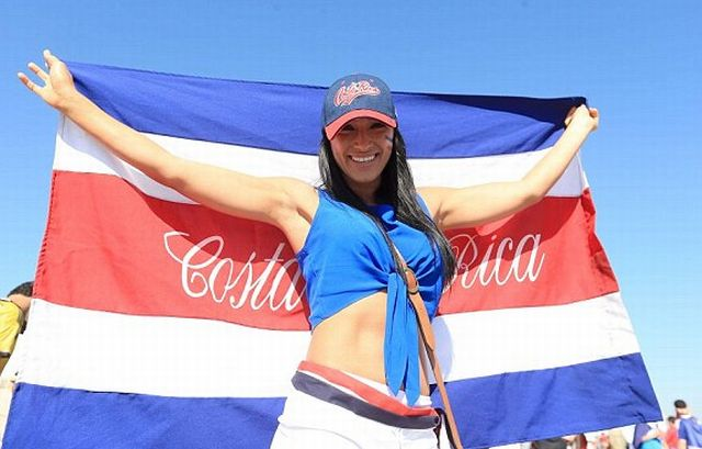 1403621967906_lc_galleryImage_A_female_Costa_Rica_fan_p