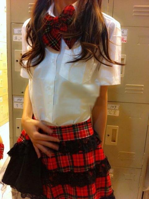 君悦新制服1