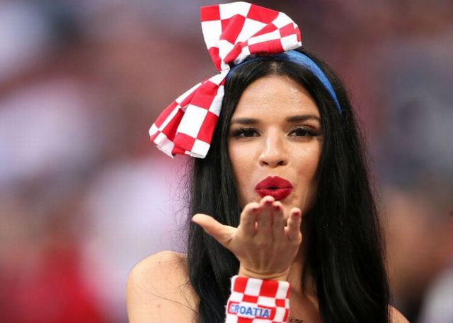 world_cup_female_fan_matthew_ashton_amagetty_images