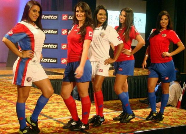 Costa20Rica-12-13-lotto-new-home-and-away-kit-2