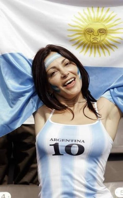 2014 argentina world cup flag tattoo on fans face-f83288
