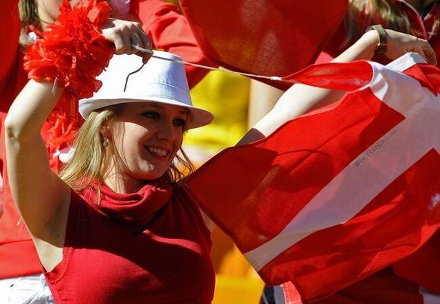 peru-vs-denmark-world-cup-2018-girls-danish