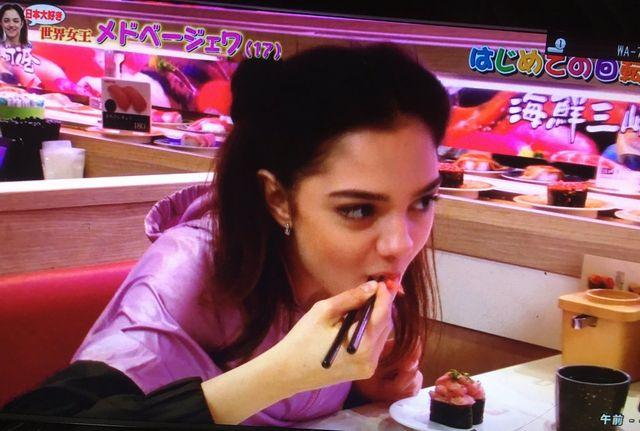 はじめての回転寿司