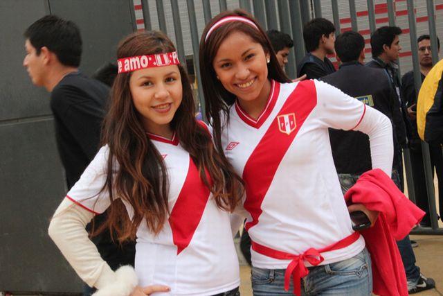 hinchas_peruanos_1_0