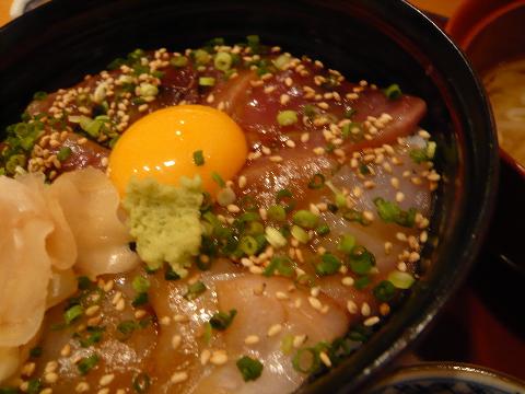 高瀬 海鮮丼 アップ